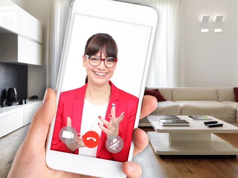 Immobilie verkaufen - kostenlose telefonische Beratung © RE/MAX Austria, Christian Postl, shutterstock