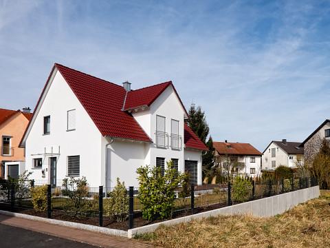 Einfamilienhaus-Preise weiterhin im Steigflug