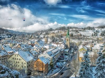 Immobilienmarkt 2021 - Trends und Prognosen RE/MAX Austria - ©tobykoestl-AdobeStock