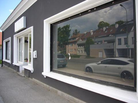 Geschäft in Stockerau