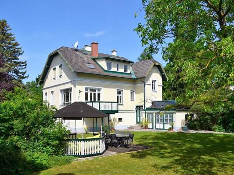 Prächtige Villa in Bestlage - stilvolles Ambiente!