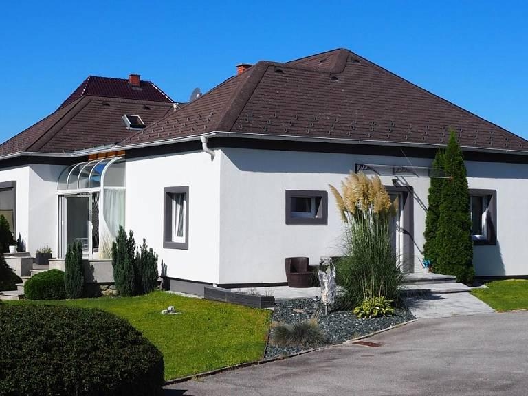 Hofansicht - Haus in Pinkafeld zu kaufen