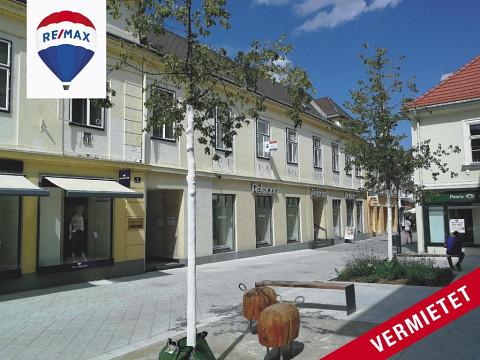 Erfolgreich vermietet!!!  Wohnung in der Fußgängerzone von Baden - Altbau!
