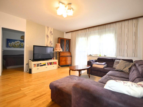 Wohnung in Ebergassing