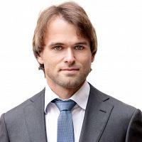 Immobilienmakler Hermann Riess, MIB, MCom, akad. IM