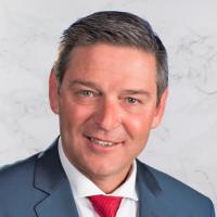 Immobilienmakler Peter Weitzer